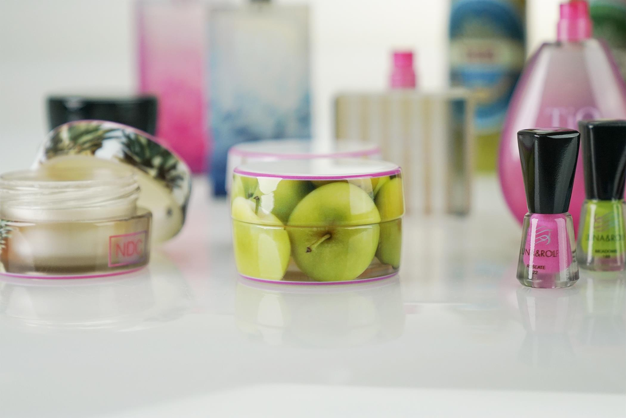 Learn how these cosmetic containers relate to manufactoring technologies